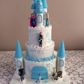 Frozen Castle2 (125 serves) $600 - figurines not included
