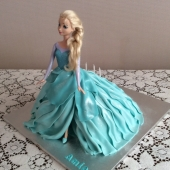 Walking Elsa doll cake (40 serves) $250