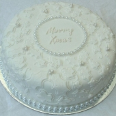 Ivy & Holly Christmas Cake (25 serves) $180