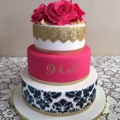 Gold Lace & Roses (75 serves) $580