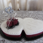 Twin Hearts Maroon (50 serves) $300